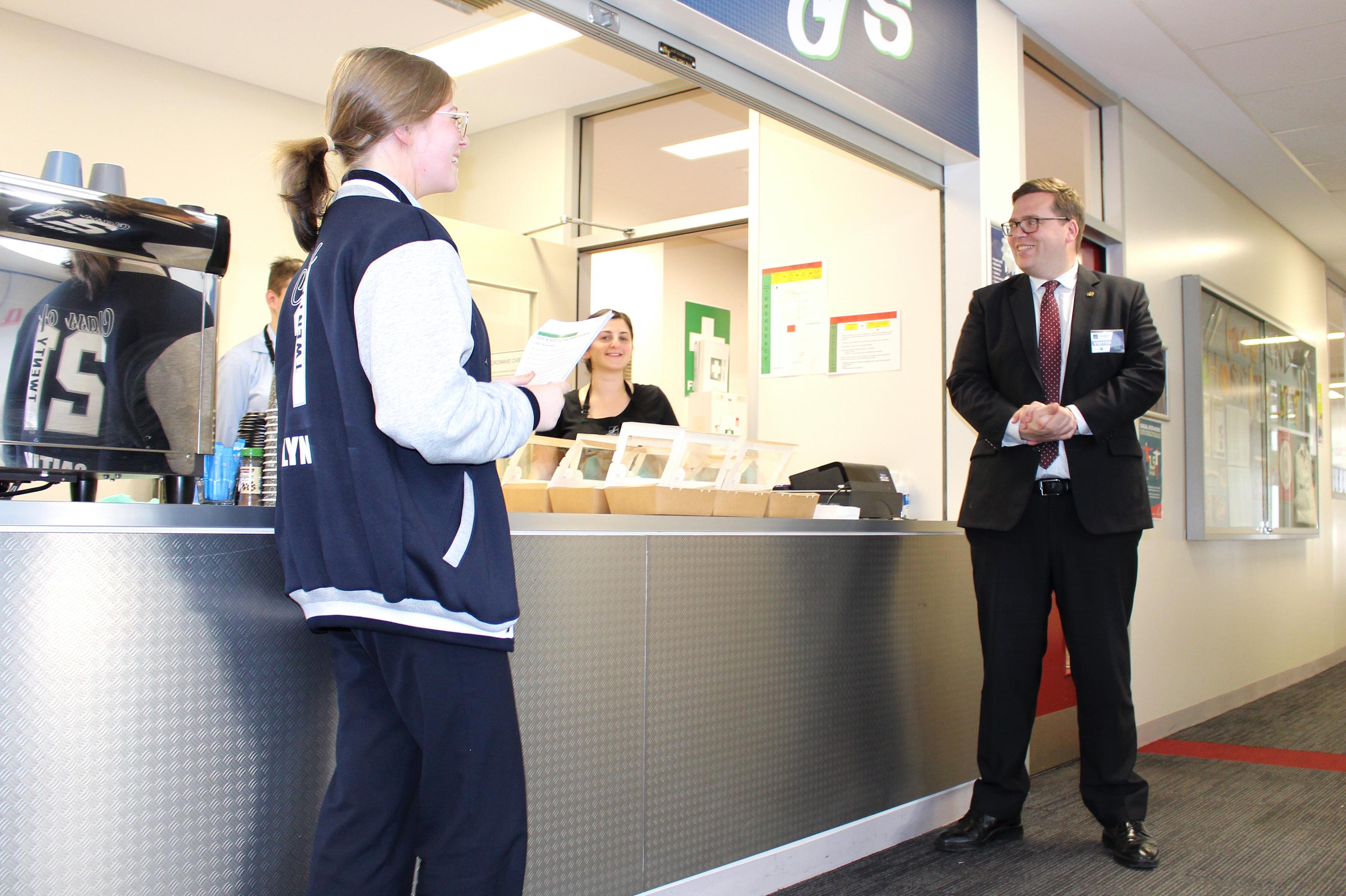 John-Gardner-MP-visit_01