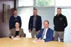 ATEC_VET-Agreement-Signing_02